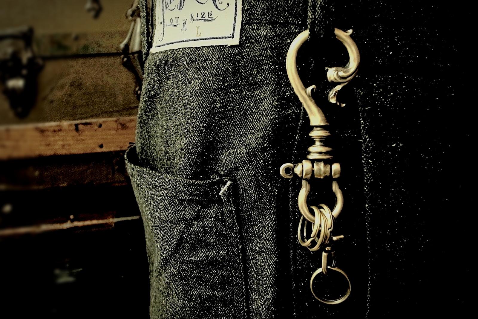 Old Chester Keyholder着用画像