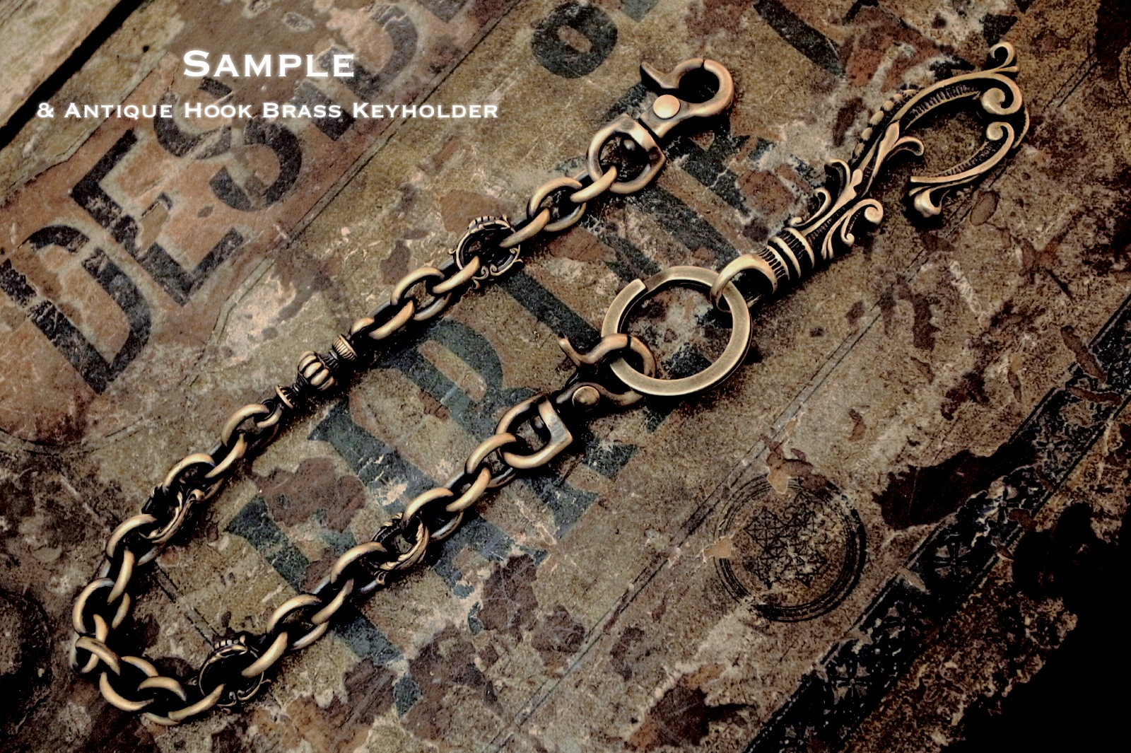 "Antique Hook Keyholderとの連結【Brass Short Walletchain ""Point""】"