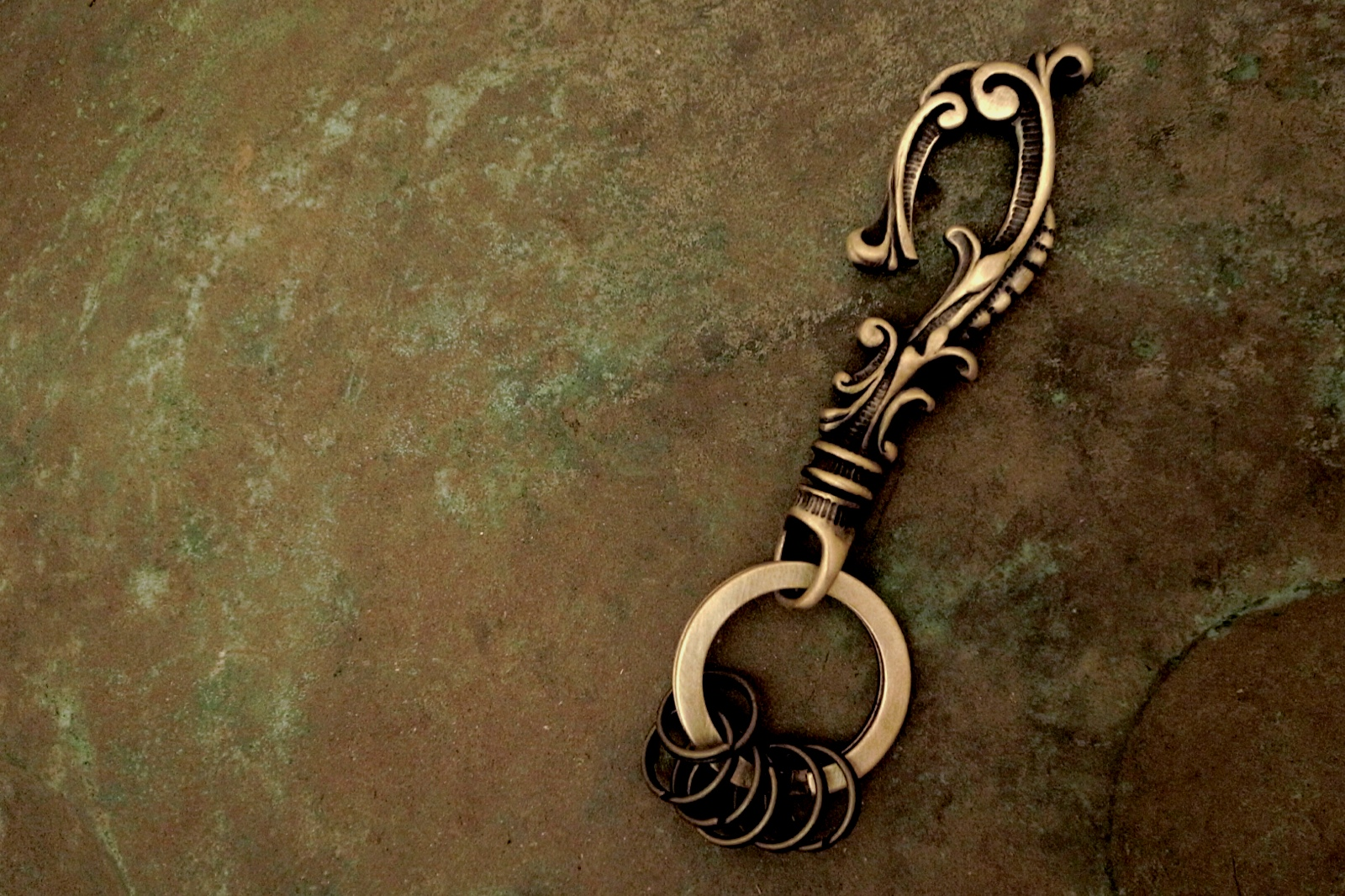 ブラス(真鍮)製【Antique Hook Keyholder】