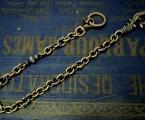 シンプルなのに主張するウォレットチェーン【Antique Hook Walletchain】