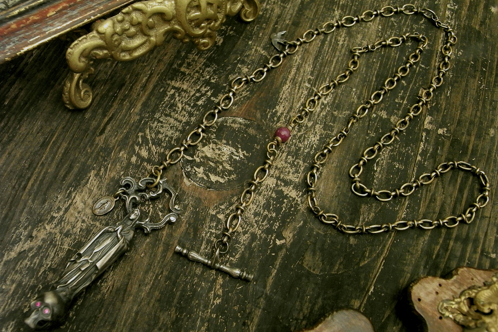 チェーン一体型ネックレス【NotreDame de Lourdes Necklace】