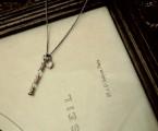 K10YGハート型メダイがアクセントに【Pillar Necklace】