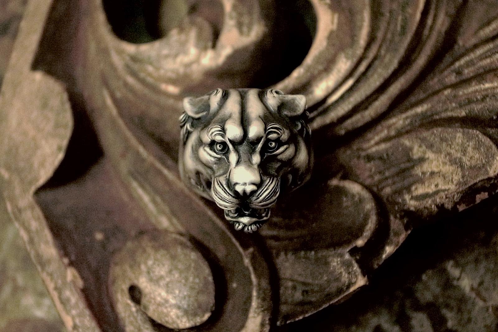 力強い表情【Panther Ring】
