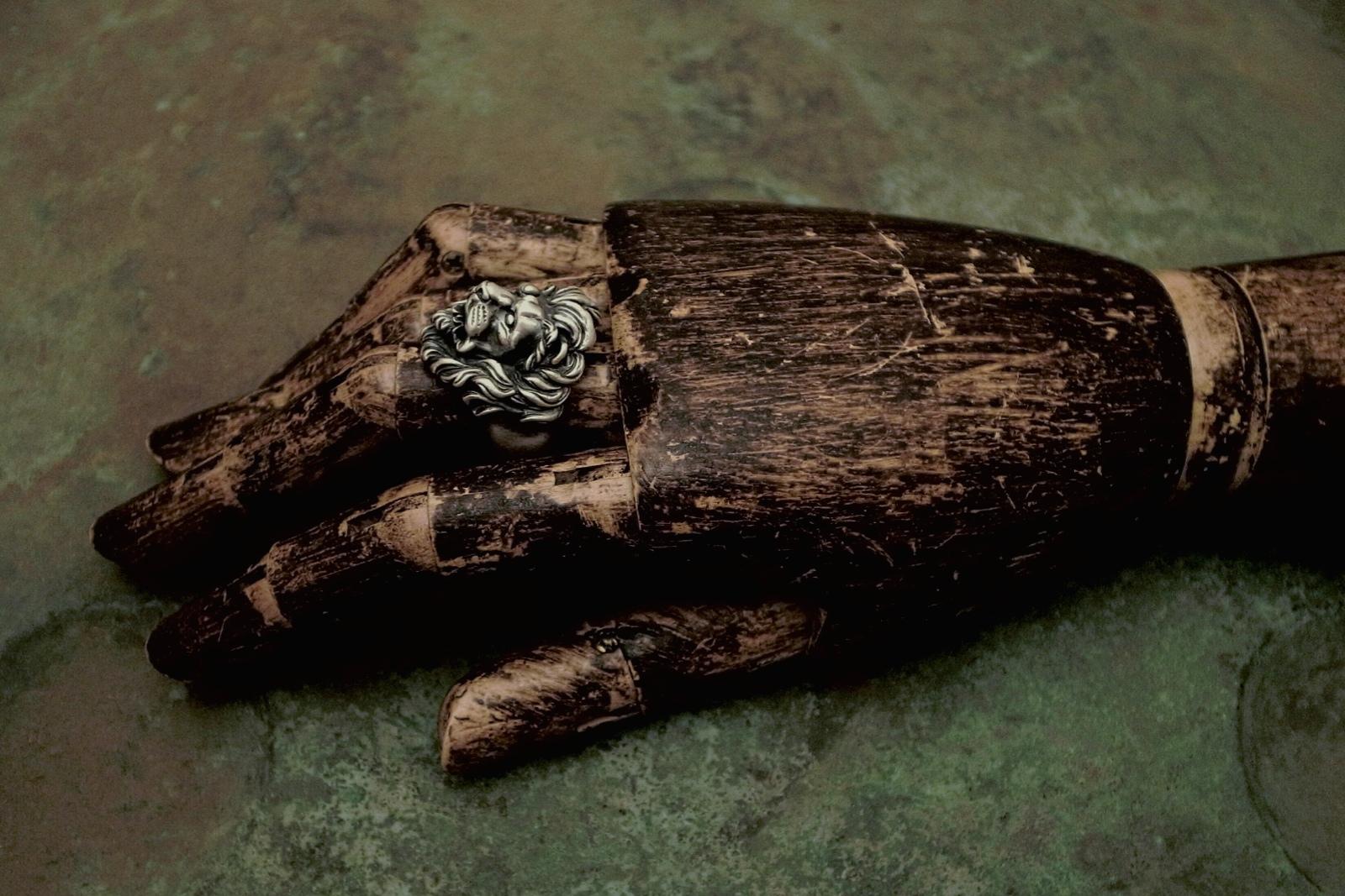 着用画像【Leone Ring】