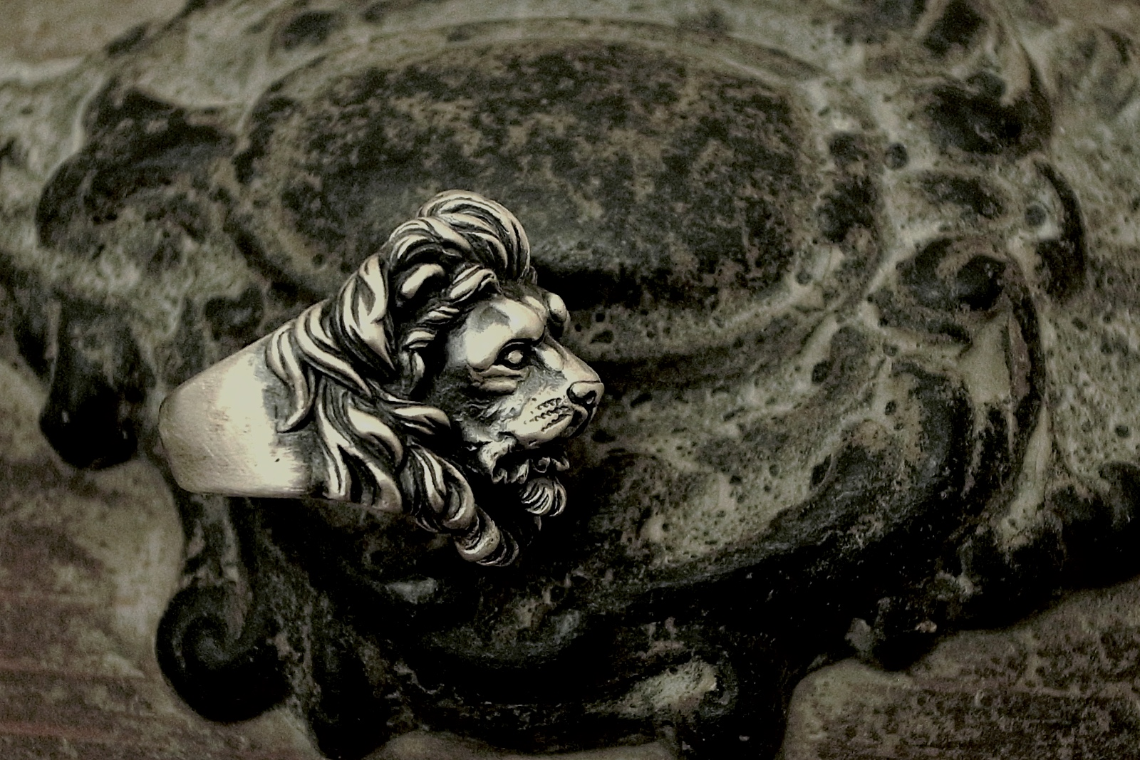 威厳と風格【Leone Ring】