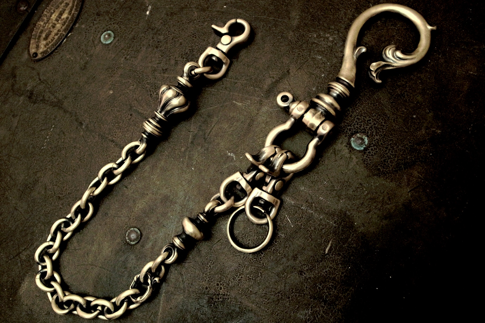 Old Chester Walletchain