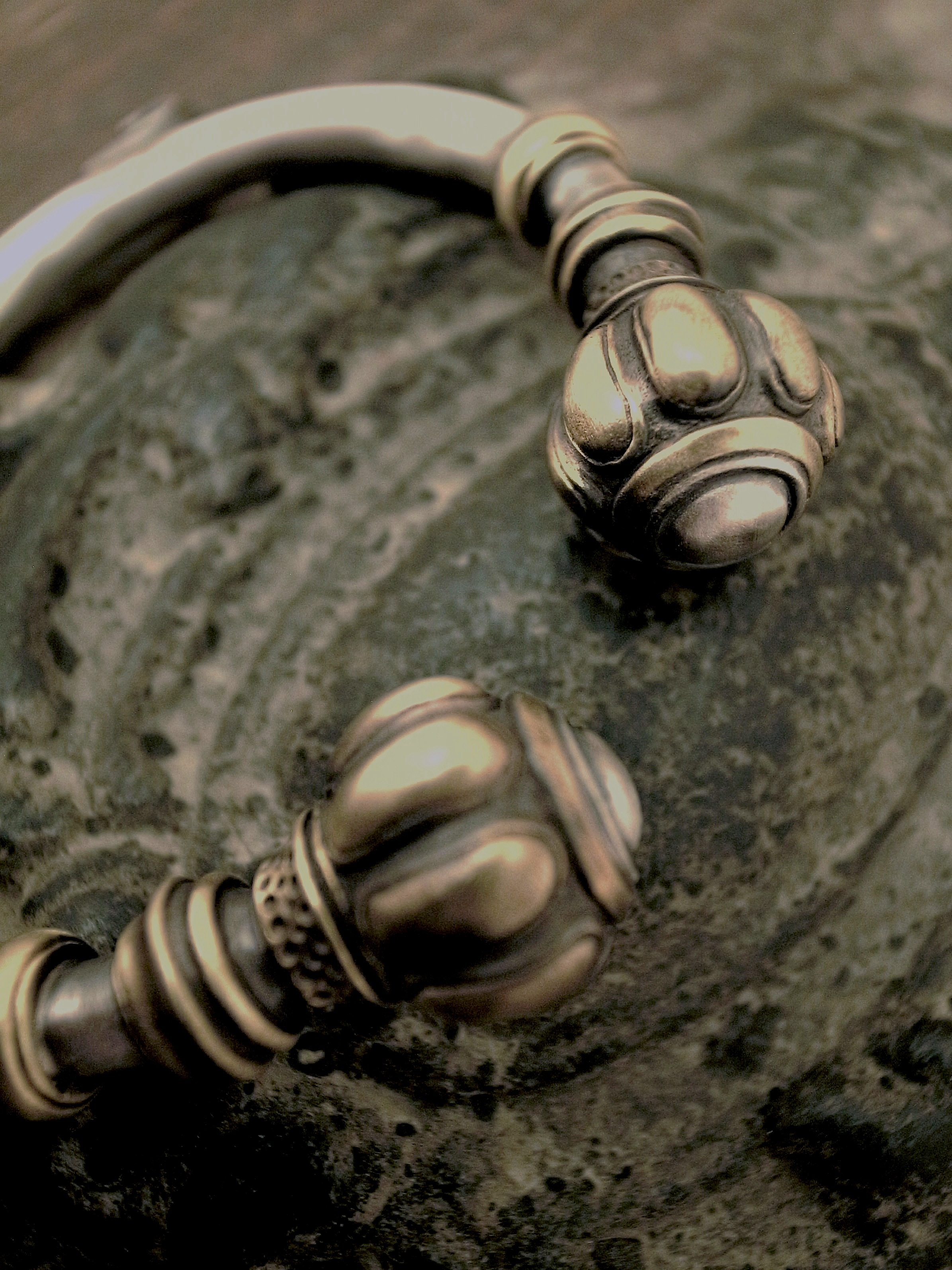 Bulbous Bangle BRASS Bulbous