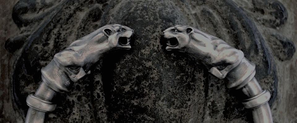 アンティークの腕輪をイメージしたバングル3種類リリース